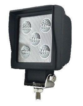 Phare de travail carré à LEDs 750 Lm 10-32V Flood beam - lentille verre